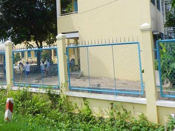 Thanh niên 18 tuổi xâm hại hai học sinh tiểu học: Bé gái 6 tuổi bị hại đời ngay trong nhà vệ sinh trường học