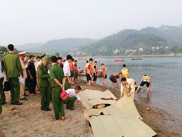 4 người đuối nước thương tâm khi về nhà bạn chơi ở Phú Thọ: Chuyến đi định mệnh của nhóm sinh viên năm cuối
