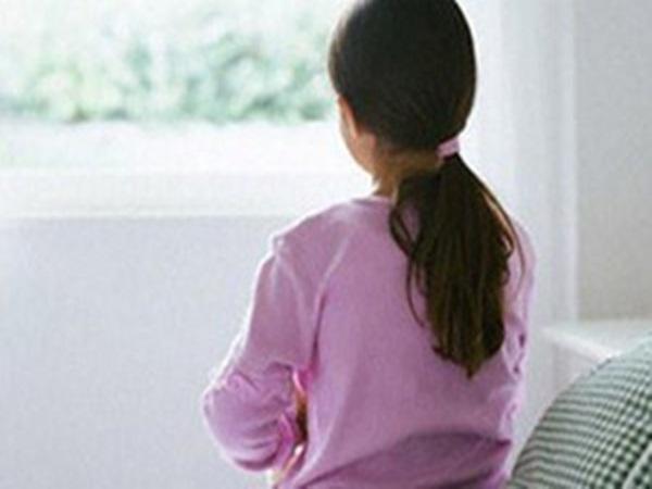 TP.HCM: Nhân viên khách sạn 42 tuổi dâm ô 5 bé gái tại công viên