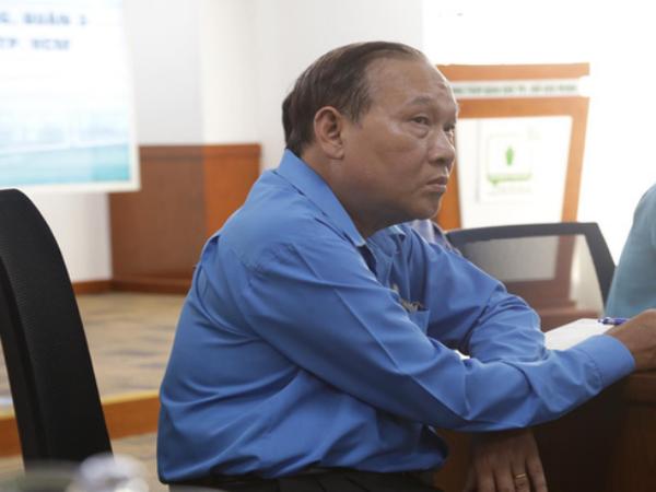 Vụ cây bật gốc đè chết học sinh lớp 6 ở Sài Gòn: Hiệu trưởng nói gì về thông tin cựu học sinh từng cảnh báo cây phượng có nguy cơ đổ từ trước?