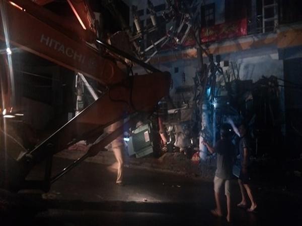 Xe trộn bê tông đâm liên hoàn, 2 người tử vong, toàn đảo Cát Bà mất điện