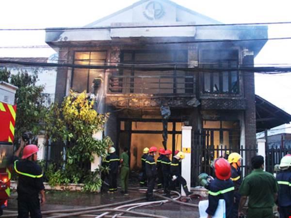 3 người phụ nữ thương vong trong căn nhà cháy ở quận 9 - Ảnh 1