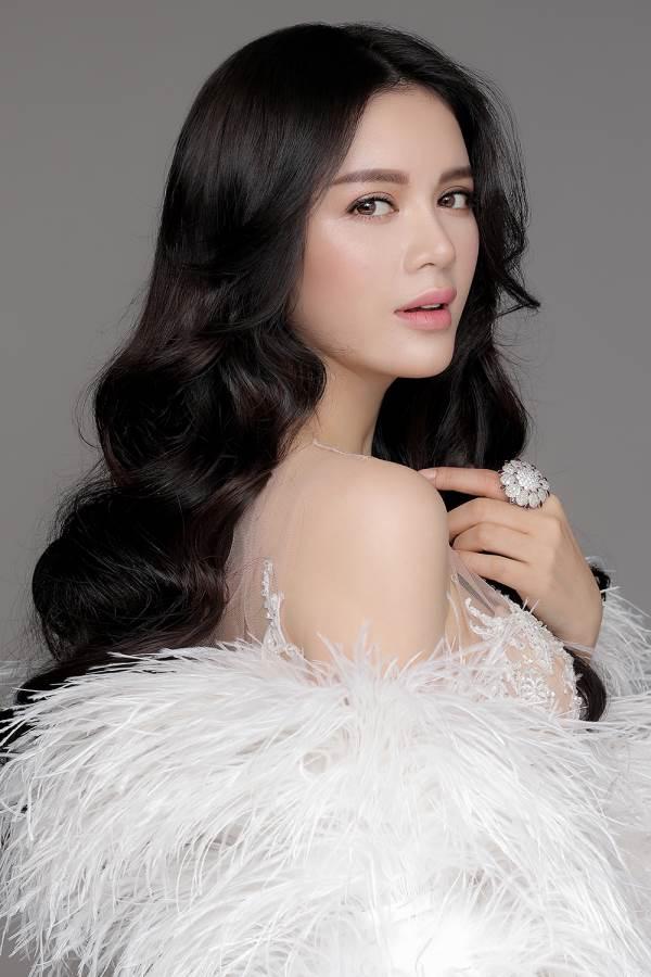 Lần đầu trong lịch sử Hoàng gia Mindanao, Lý Nhã Kỳ được chỉ định làm Công chúa Châu Á - Ảnh 1