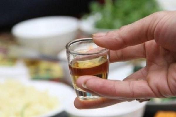 Rượu bia: Thủ phạm giết chết cuộc vui ngày Tết - Ảnh 1