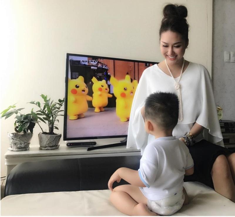Sao Việt 9/8: Phương Thanh vẫn cười tươi rói dù bị thu xe - Ảnh 7