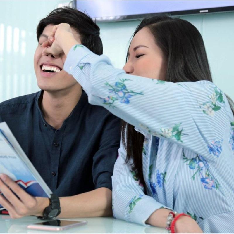 Sau tất cả, vợ cũ Lâm Vinh Hải công khai hạnh phúc với Hiền Sến đến cỡ này! - Ảnh 1