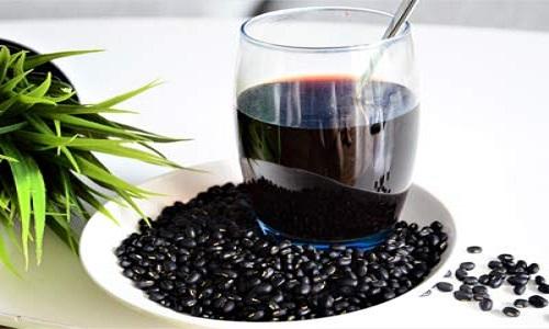 Uống nước đậu đen rang mỗi ngày có tốt cho sức khỏe không?