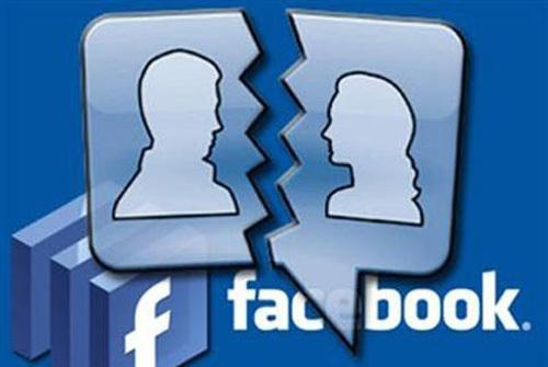 Tại sao vợ chồng không nên kết bạn với nhau trên Facebook?