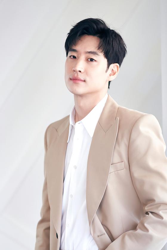 6 nam thần 'không tuổi' ở phim Hàn: Song Joong Ki bị thời gian bỏ quên nhưng 'anh Diệt' Seo In Guk mới gây bất ngờ - Ảnh 22