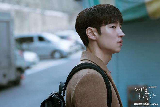 6 nam thần 'không tuổi' ở phim Hàn: Song Joong Ki bị thời gian bỏ quên nhưng 'anh Diệt' Seo In Guk mới gây bất ngờ - Ảnh 23