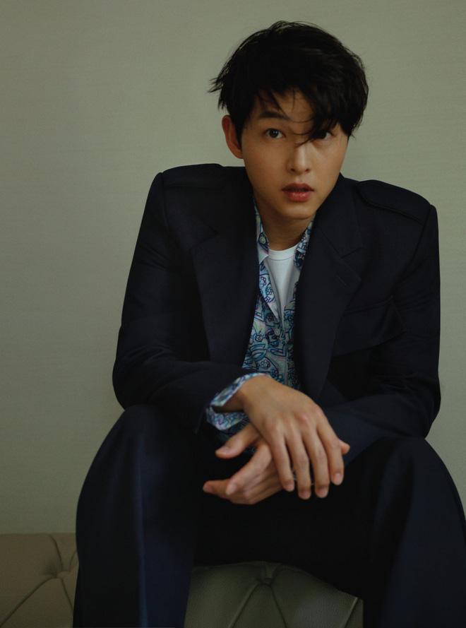 6 nam thần 'không tuổi' ở phim Hàn: Song Joong Ki bị thời gian bỏ quên nhưng 'anh Diệt' Seo In Guk mới gây bất ngờ - Ảnh 5
