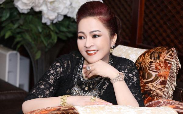 nguyen phuong hang  5
