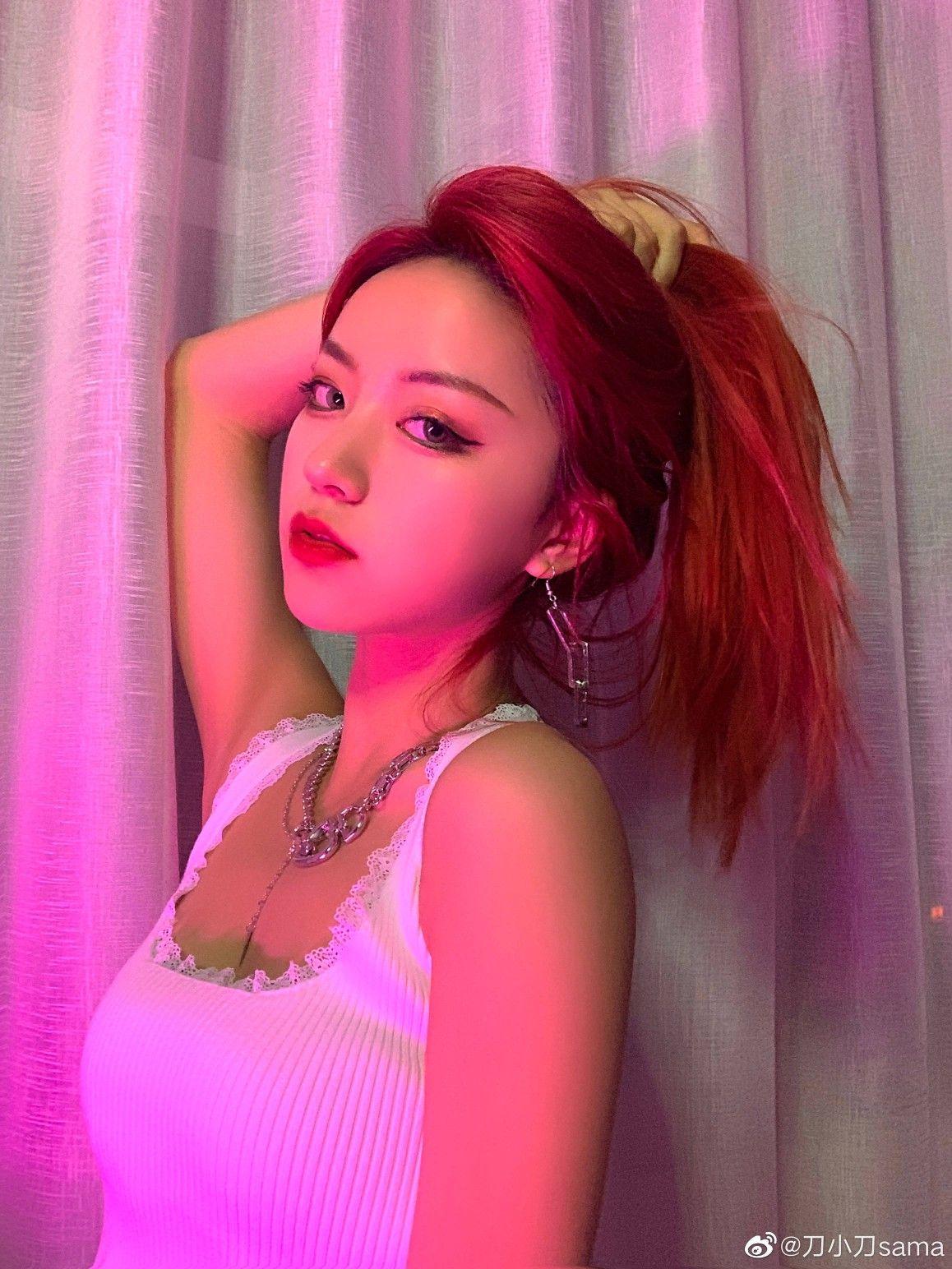 10 hot girl khuynh đảo TikTok xứ Trung: Dàn mỹ nhân 'xuyên không' tựa tiên nữ giáng trần, 'thánh hất tóc' chưa phải là trùm cuối - Ảnh 3