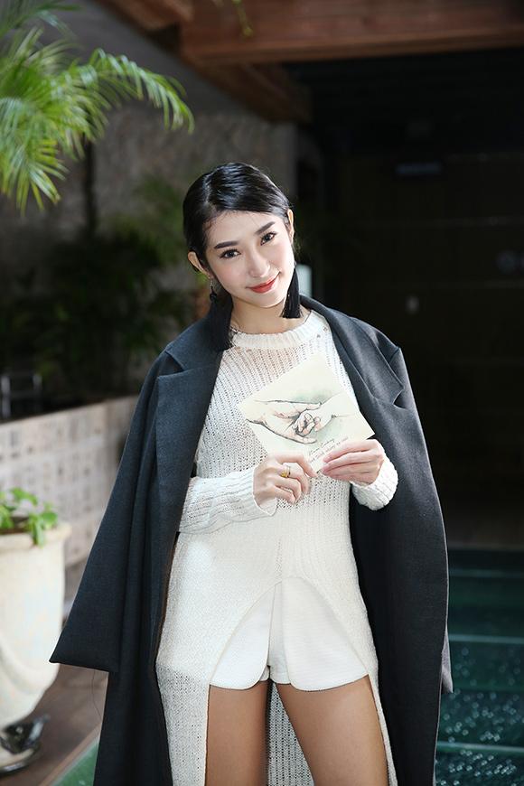 Hậu chia tay ca sĩ Khổng Tú Quỳnh minh chứng cho câu nói 'Phụ nữ đẹp khi không thuộc về ai', body ngày càng bốc lửa khiến dân tình xuýt xoa  - Ảnh 4
