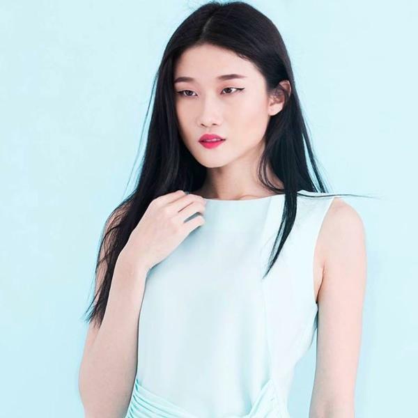 Siêu mẫu Kha Mỹ Vân thông báo giúp việc, em trai, con trai dương tính SARS-CoV-2 khiến fan lo lắng - Ảnh 7