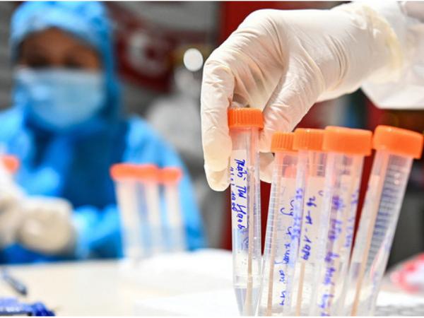 Hà Nam: Phát hiện thêm nhiều ca mắc Covid-19 qua khám sàng lọc tại cơ sở y tế
