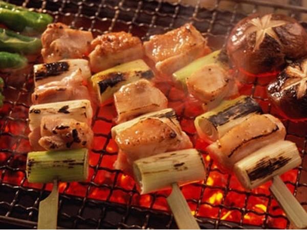 Thịt xông khói, thịt nướng bà bầu cũng không nên ăn