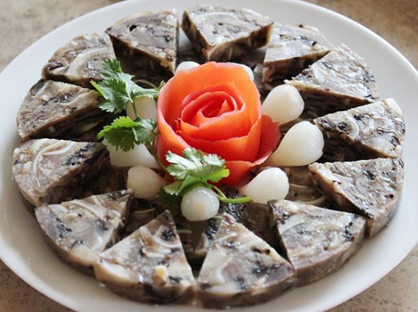 Giò thủ - Món ăn mang hương vị tết cổ truyền