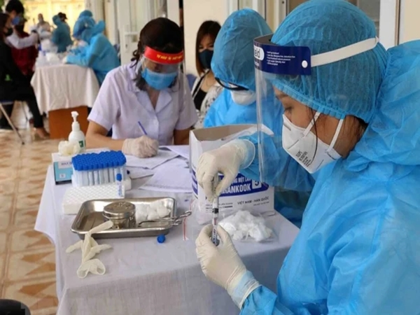 Hà Nội: Hơn 100.000 người về từ Đà Nẵng, mới có kết quả xét nghiệm của hơn 18.000 người - Ảnh 1