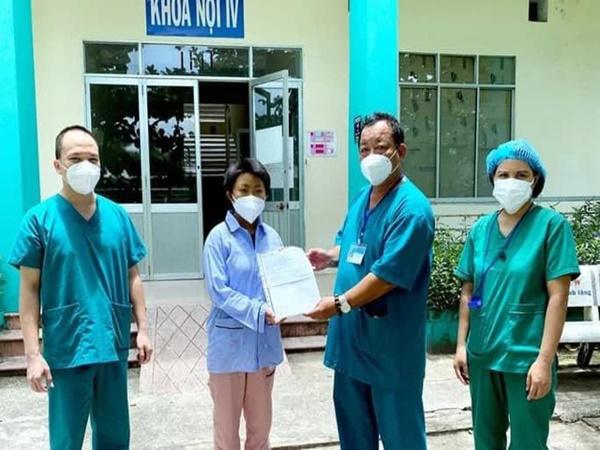 Thêm 10 bệnh nhân mắc Covid-19 ở Đà Nẵng được công bố chữa khỏi - Ảnh 1