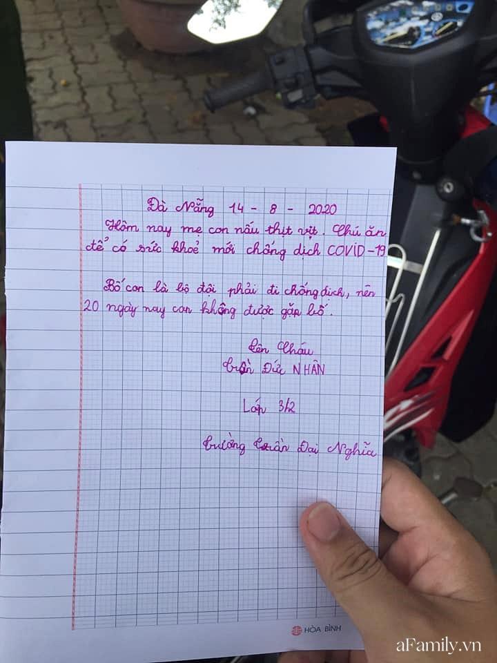 Túi thịt vịt ấm nóng và bức thư tay xúc động của bé Nhân 8 tuổi gửi đội dân quân khu cách ly Đà Nẵng: 'Chú ăn để có sức khỏe chống dịch Covid-19!' - Ảnh 3