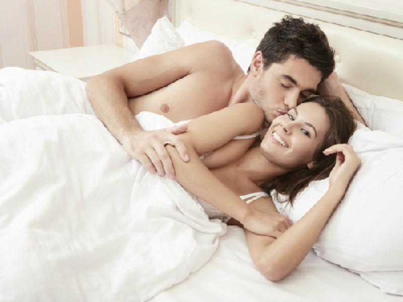 6 cách giúp đời sống chăn gối thêm nồng nàn - Ảnh 1