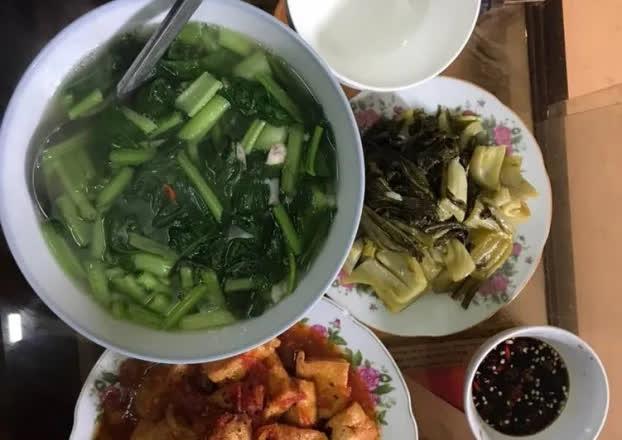 Ăn cơm hay ăn canh trước mới tốt cho sức khỏe? - Ảnh 1