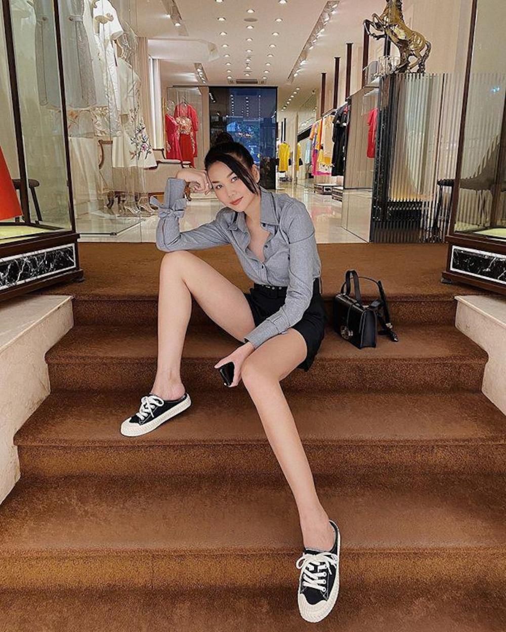 Không phải Thanh Hằng, đây mới là mỹ nhân có đôi chân dài nhất showbiz Việt - Ảnh 1