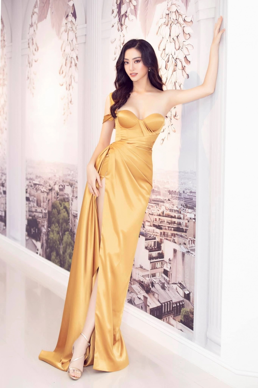 Không phải Thanh Hằng, đây mới là mỹ nhân có đôi chân dài nhất showbiz Việt - Ảnh 4