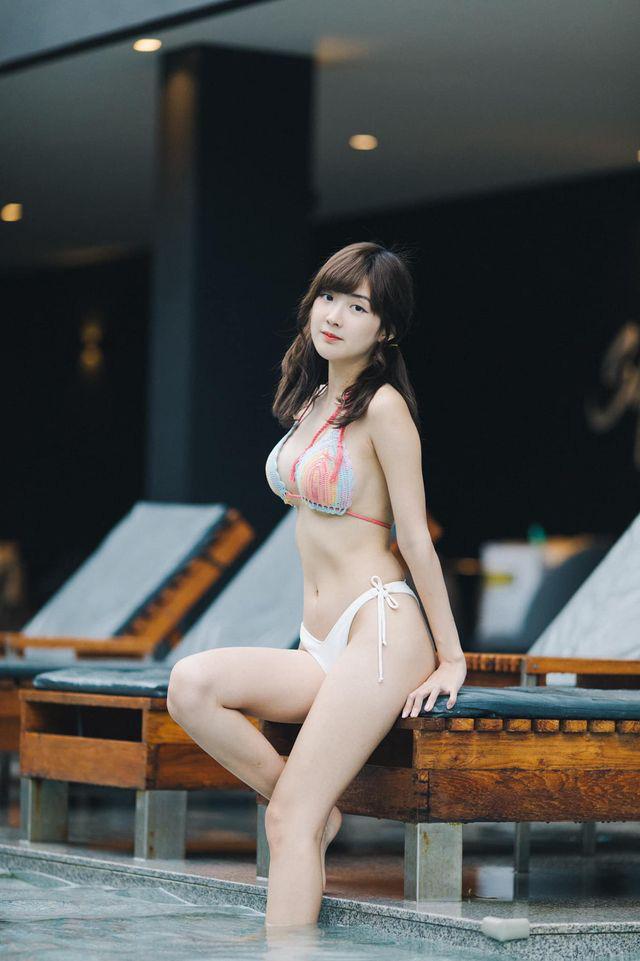 Ngắm vẻ đẹp tựa thiên thần của nữ streamer Thái, nhưng điều 'gây sốt' lại là body quá nóng bỏng khi diện bikini - Ảnh 5