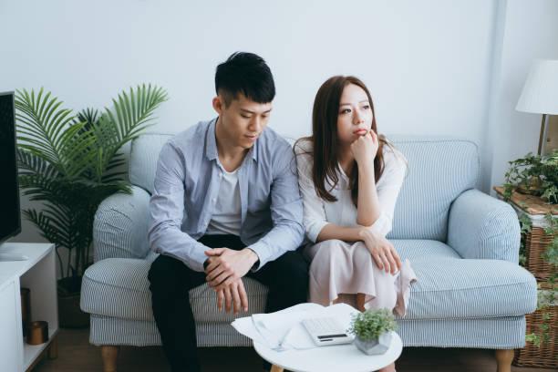 Ngay đêm tân hôn tôi đã phải thức trắng, nhưng vừa nói nguyên nhân thì vợ chồng cãi nhau và vợ đòi phân phòng ngủ riêng - Ảnh 1
