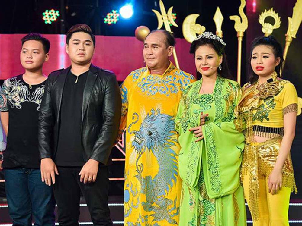 Phản ứng của loạt sao Việt và hai con của Lê Giang trước việc Lê Giang tố chồng cũ bạo hành? - Ảnh 4