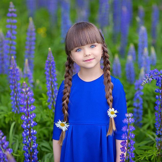 Nếu bạn thắc mắc thế nào là vẻ đẹp không góc chết, hãy ngắm cô bé được mệnh danh là thiên thần đẹp nhất thế giới này - Ảnh 9