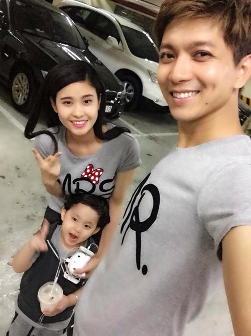Gia đình hạnh phúc của Tim
