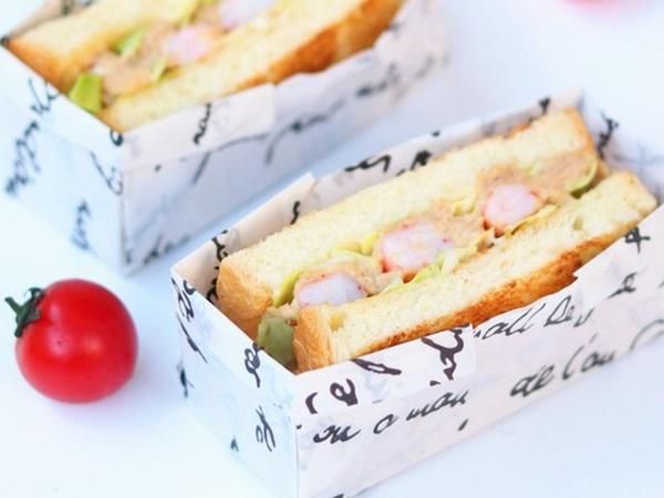 3 bước đơn giản làm bánh mì kẹp 2 kiểu, ăn sáng hay trưa đều ngon tuyệt!