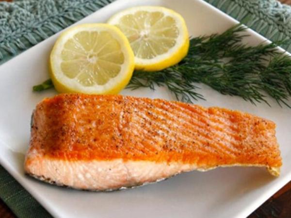 Cá hồi áp chảo thơm ngon bổ dưỡng cực kì dễ làm