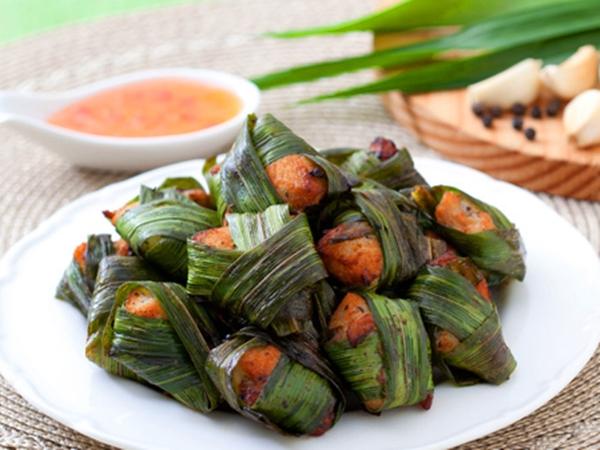 Cách làm món thịt gà cuộn lá dứa chiên thơm ngon kiểu Thái