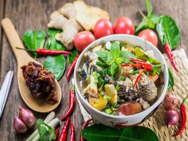 Cách nấu món canh chua cá lóc thanh mát chuẩn vị miền Bắc