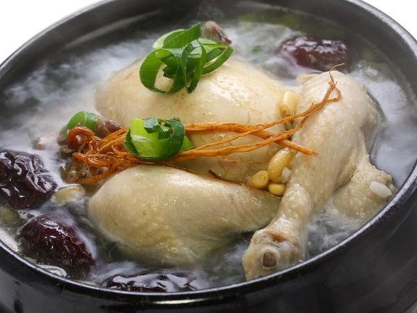 Canh gà hầm – Món ăn đầy dinh dưỡng cho mọi người