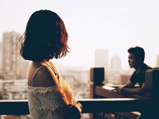 Gửi chồng vô tâm: Chờ đến khi anh có thời gian thì em đã không còn là vợ anh nữa rồi - Ảnh 1
