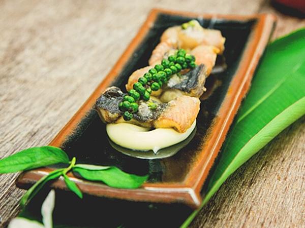 Hướng dẫn cách làm lươn chiên giòn sốt tiêu xanh ngon tuyệt
