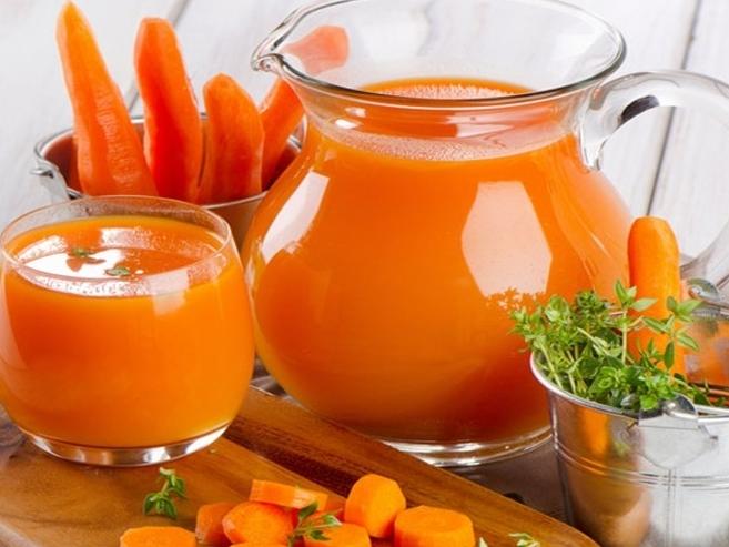 Làm sinh tố cà rốt giúp duy trì hệ miễn dịch và hệ hô hấp khỏe mạnh