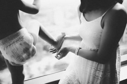 Làm mẹ đơn thân: Hãy cho phép mình được khóc! - Ảnh 1