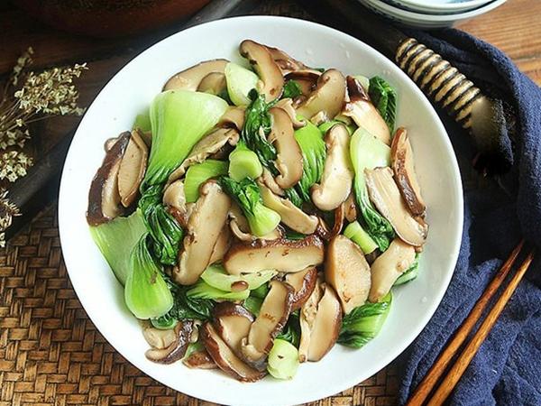 Chán thịt cá, làm ngay nấm xào cải chíp tươi ngon, ăn là thích