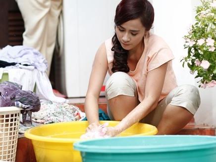 3 nỗi khổ chỉ phụ nữ ở nhà chăm con mới thấu, đàn ông hãy đọc để thương vợ hơn