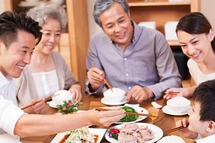 Những quy tắc ăn uống người lịch sự cần thuộc nằm lòng