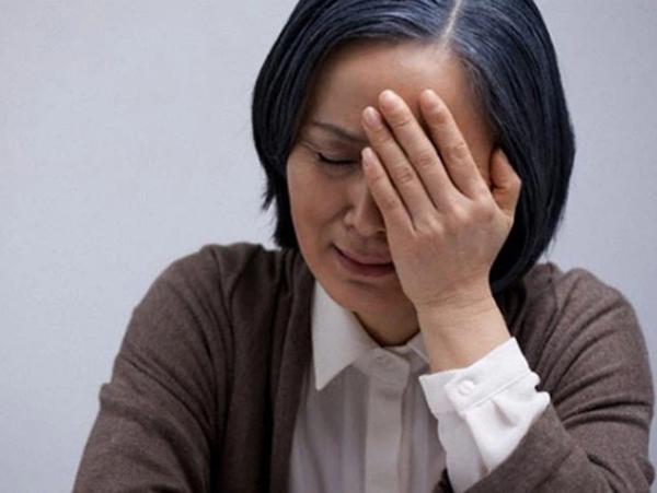 """Vợ than """"trầm cảm tới nơi"""" vì cơm cữ mẹ chồng nấu quá đạm bạc, khi chất vấn bà khổ sở giải thích, nhưng nghe xong tôi giận run người"""