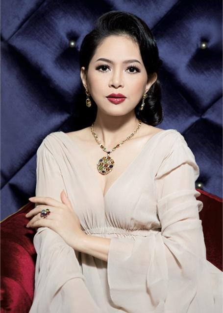 Johnathan Hanh Nguyen va vo Le Hong Thuy Tien 3