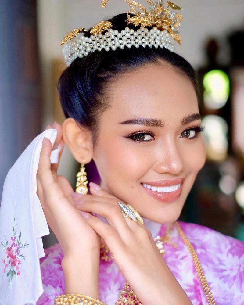 Động thái gây 'sốc' của hoa hậu Myanmar Han Lay sau khi bị truy nã - Ảnh 2