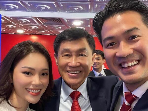 Chiếc vé con dâu nhà tỷ phú về tay Linh Rin là chuyện sớm muộn, nhìn cách cô nàng bên Phillip Nguyễn là có ngay câu trả lời